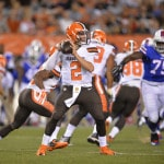 Browns' Manziel says sore elbow improving