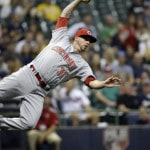 Reds beat Brewers 5-3
