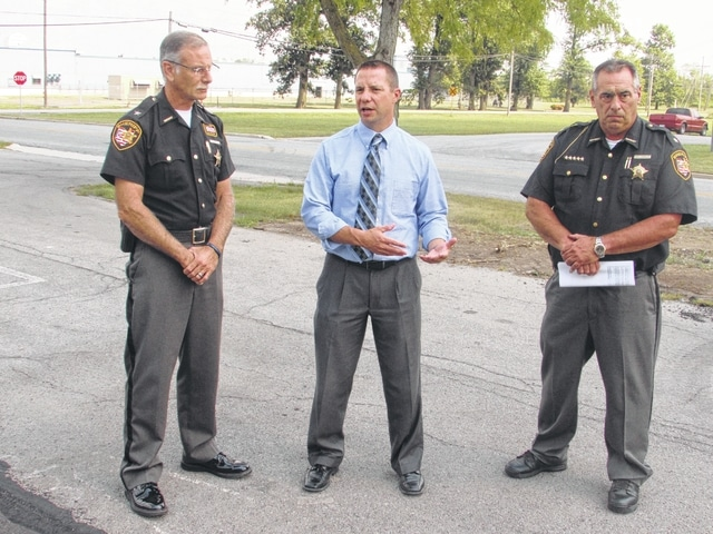 ODOT partners with local sheriffs for litter control - The