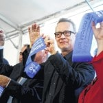 Actor helps dedicate Tom Hanks motion pictures center