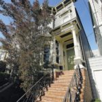 Entertainment roundup: TV's 'Full House' home is staying in the Tanner family