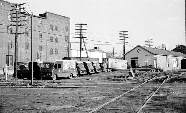 This photo from 1964 shows Lima's Railway Express Agency location.