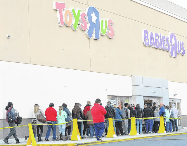 Customers line up for toys Thanksgiving evening.