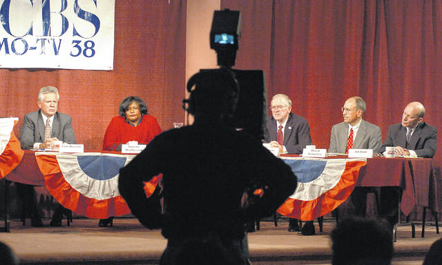 Allen County Commissioner candidates Sam Bassitt, Antelle Haithcock, Dan Reiff, Mitch Kingsley and Ed Kirk participate in a forum in 2004 at the Fox 25/CBS 38 studio.
