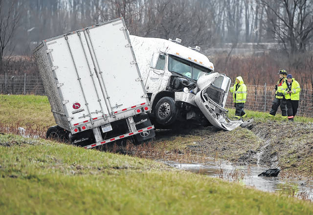Shawnee Fire Department and Ohio State Patrol were on the scene of a tractor-semitrailer jackknifed on Interstate 75 at the 121 exit on Tuesday. The crash is under investigation.