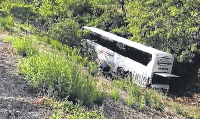 A bus carrying Delphos Jefferson students to New York City crashed Monday morning along Interstate 80 near Danville, Pennsylvania.