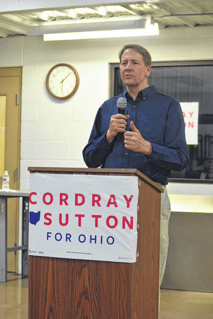 Democratic gubernatorial candidate Richard Cordray campaigns at UA Local 776 two days before the May 8 primary election.