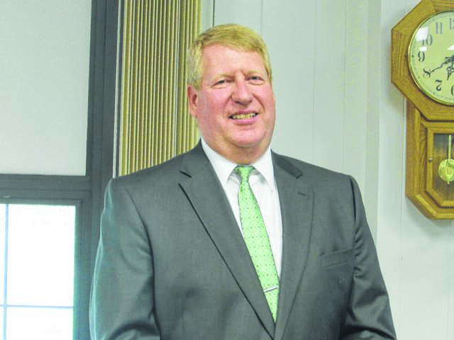 Superintendent James Kanable received a contract extension at Tuesday night's Shawnee school board meeting.