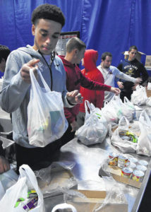 Shawnee students 'feed the tribe'