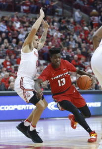 No. 15 Buckeyes overcome slow start, rout Youngstown State