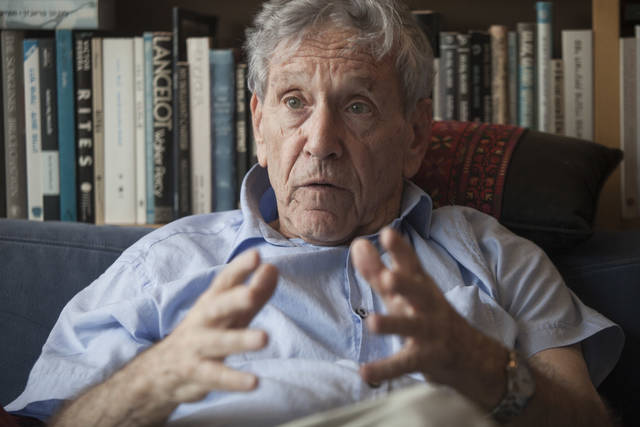 Acclaimed author Amos Oz dies at 79 | AP entertainment