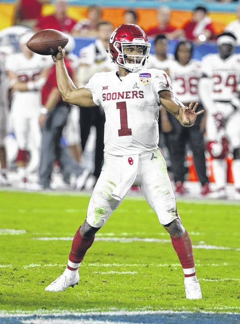 Oklahoma quarterback Kyler Murray (1) looks to pass the ball, during the second half of the Orange Bowl NCAA college football playoff semifinal against Alabama.