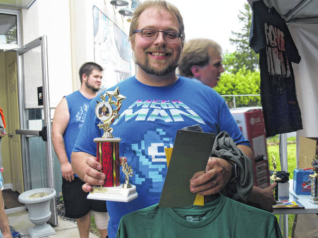 Charity video game tournament offering old-school classics