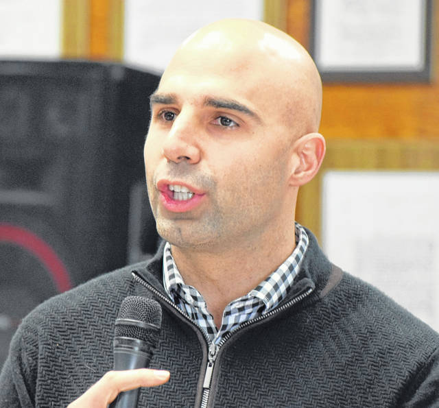 Former Cleveland Browns quarterback Bruce Gradkowski was in Lima Saturday for the Bridging the Gap Health and Wellness Expo at Lima Senior High School.