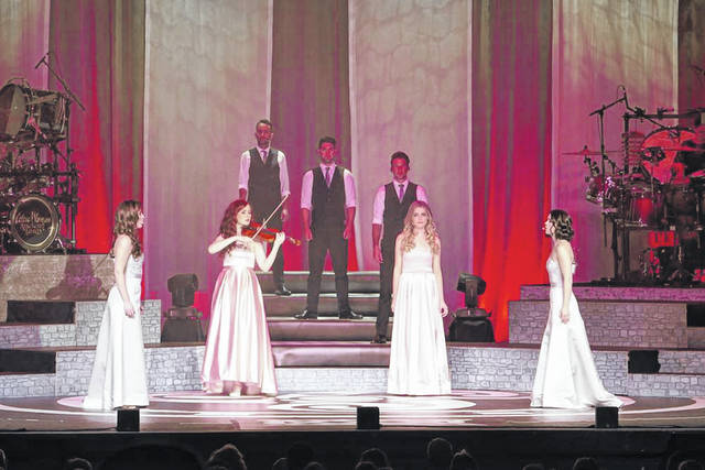Celtic Woman will take the stage tonight at Veterans Memorial Civic Center.