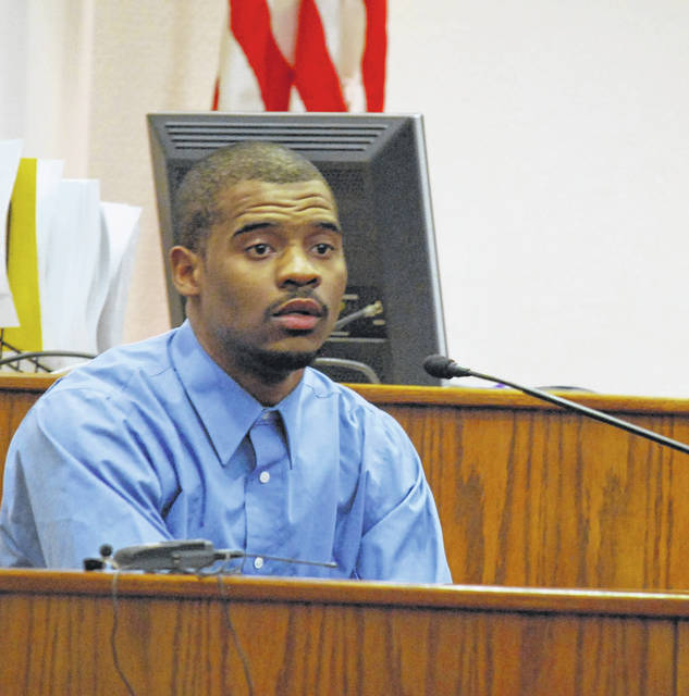 Jarvis Killingsworth, 22, took the witness stand in his own defense Thursday in Allen County Common Pleas Court. The Chicago native is charged with robbery and two counts of kidnapping, all second-degree felonies, for allegedly holding a Lima couple at gunpoint and stealing a wallet and cell phone earlier this year.