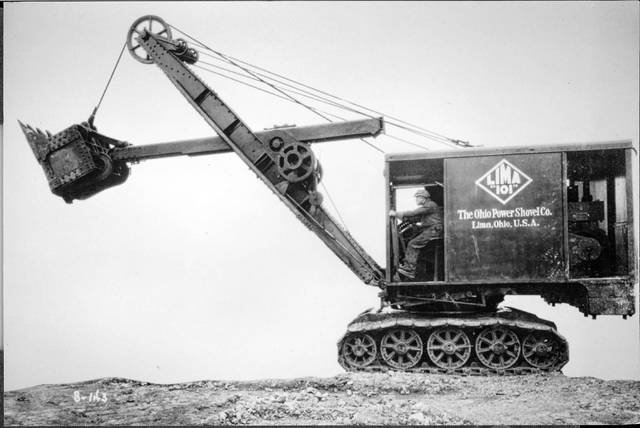 An operator uses a model 101 S-143 Lima Power Shovel Co. machine in this undated photo.