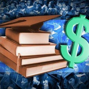 Putnam County duo receives scholarships