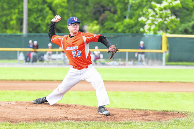 Carter Poiry, Murray State University, took to the mound for the Lima Locos against the Muskegon Clippers on Sunday evening at Simmons Field.