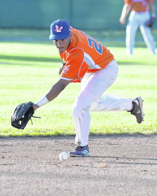 The Lima Locos' Alexel Cazarin fields a ground ball during Saturday's game against the Cincinnati Steam at Simmons Field.