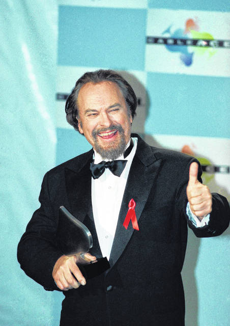 "FILE - In this Jan. 15, 1995, file photo, actor Rip Torn gives a thumbs-up to photographers after winning for Best Actor in a Comedy Series for HBO's ""The Larry Sanders Show,"" at the 16th annual CableACE Awards ceremony, in Los Angeles. Award-winning television, film and theater actor Torn has died at the age of 88, his publicist announced Tuesday, July 9, 2019."