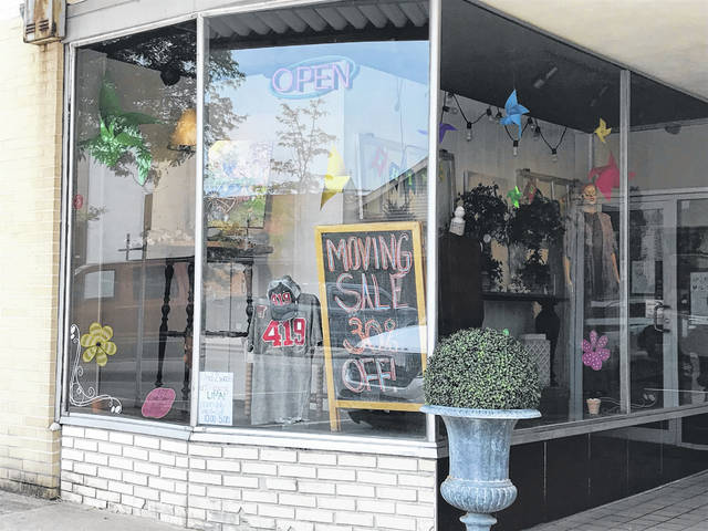 Tim and Kelly Spallinger will close their downtown Lima clothing store, Kelly's Boutique, today. The couple will continue business online and in Berlin, Ohio.