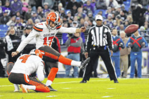 Middle men: Browns hoping erratic kickers straighten out