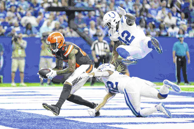 79630458 Backup QBs lead Browns past Colts - The Lima News