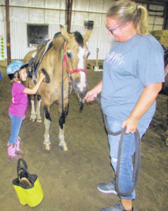 Leipsic girl with Cystic Fibrosis to receive horse
