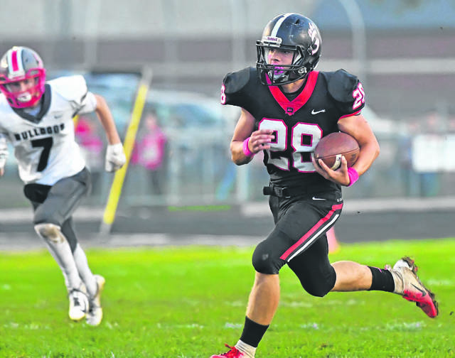 Spencerville brings back Joel Lotz to lead the offensive unit in 2019. In 2018, Lotz rushed for 1,044 yards and 14 touchdowns. He earned first team all-NWC honors.