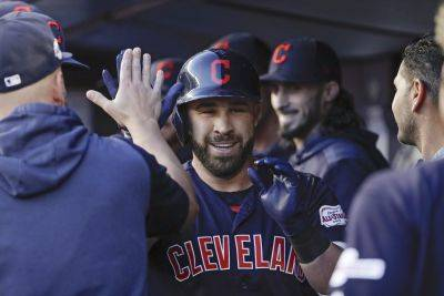 Ramirez, Santana hit 2 of Indians' 7 HRs in 19-5 rout