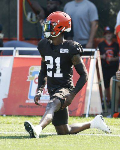 After playing more than 99 percent of the defensive snaps through the first eight games of 2018, the Cleveland Browns' Denzel Ward suffered a concussion on the eighth play of Game 9, against the Chiefs, left the field with another concussion midway through Game 12 at Houston, and sat out Games 13, 14 and 16.