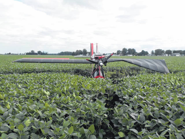 No one was injured when an ultralight plane crashed into a field in Van Wert County.