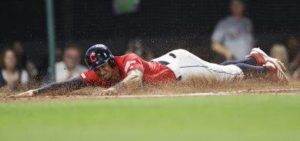 Indians beat Phillies, remain tied for 2nd AL wild card