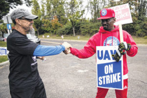 GM, UAW reach tentative deal that could end strike