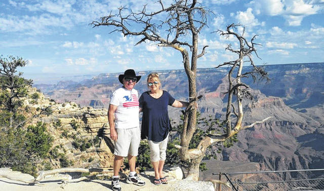 Larry and Deb Sidener at Hopi Point along the Hermit's Rest Road.