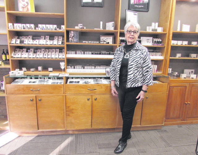 Sandy Gillespie, Merle Norman owner, in Ottawa will close her store the end of the month after 24 years in business.