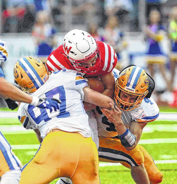 In their eight-game winning streak, the St. Marys defense has held opponents to 14 points or less in seven of those games and is giving up an average of 12.5 ponits a contest.