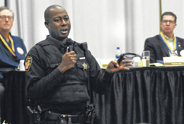Allen County Sheriff Deputy Damian Tibbs talks about ALICE Training at Lima Rotary luncheon on Monday.