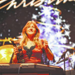 Mannheim Steamroller, Midtown Men performing holiday hits