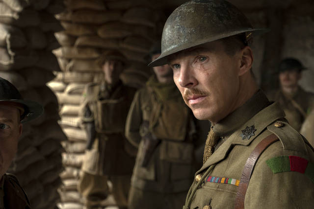 "This image released by Universal Pictures shows Benedict Cumberbatch as Colonel Mackenzie in a scene from ""1917,"" directed by Sam Mendes. (François Duhamel/Universal Pictures via AP)"