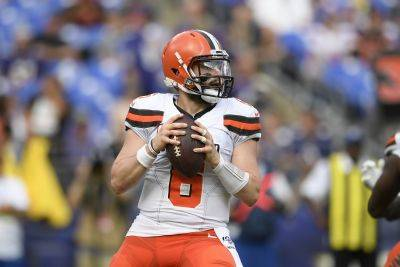 Cleveland Browns quarterback Baker Mayfield threw 21 interceptions, completed 59.4 percent of his passes and had a 78.8 passer rating last season. (AP photo)