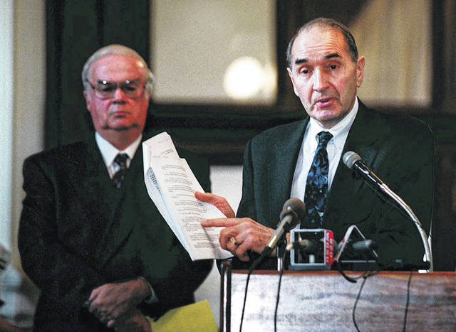 Way back in 1999, Bill Phillis was pounding on the state of Ohio for its unconstitutional school-funding setup. Here the executive director of the Ohio Coalition for Equity & Adequacy of School Funding speaks at a press conference with Paul Folmer, then the group's public relations coordinator.