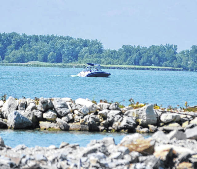 Grand Lake St. Marys has been a popular destination this summer, despite a history of high levels of toxic algae and a recent fish kill.