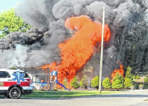 Fire damages garage in Leipsic