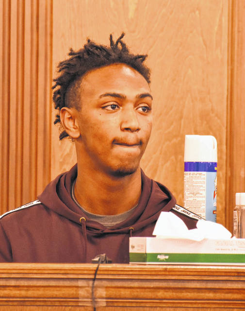 Emmaneul Liles testified Wednesday that he was seated in the back seat of Donald Smith's SUV when Quintel Estelle shot and killed the 63-year-old Lima man.