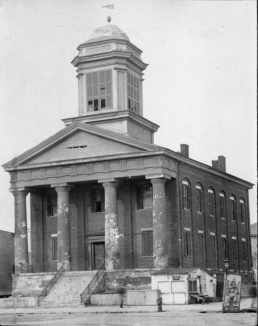 This was Allen County's second courthouse.