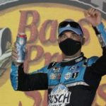 NASCAR Cup Series: Kevin Harvick nabs 9th win of season to roll into 2nd round
