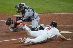 Indians beat White Sox for 4-game sweep