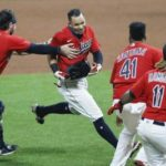 Indians rally again, keep AL Central hopes alive
